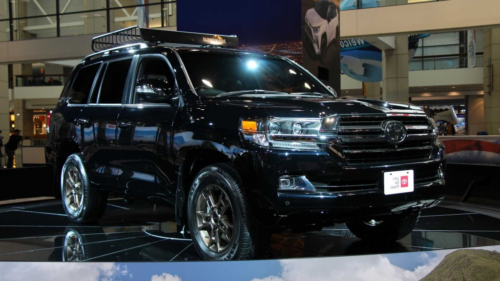 2021 toyota land cruiser pictures  top newest suv